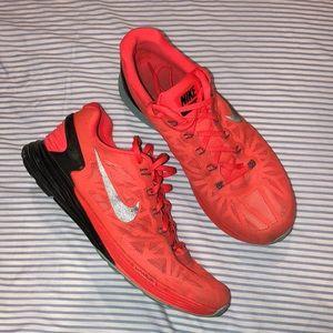 Nike running shoes lunar glide 6